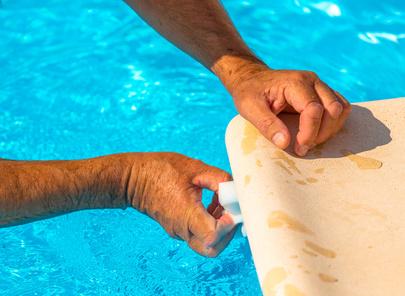 Soci t a la claire piscine aquafit for Joint margelle piscine